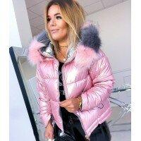 Модная блестящая куртка на зиму